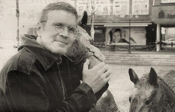 mit-Pferd-sw